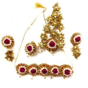 pink lower jewelry, bride, shells jewellery, jewellery designs 2021,latest bridal flower jewellery 2021 flower jewelry, bridal flower jewelry, simple bridal jewelry, elegant bridal jewelry, flower jewelry for mehandi, flower jewelry for haldi, mehandi favors, mehandi jewelry, haldi jewelry, haldi jewelry for bride sister, mehandi jewelry for sister, latest flower jewelry, latest flower jewellery, flower jewelery designs, designer flower jewelry, latest flower jewelry designs, orange flower jewelry, white flower jewelry,
